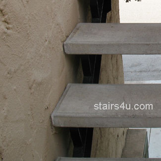 Stucco Between Concrete Stair Tr