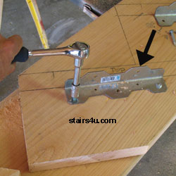 stair stringer brackets pictures to pin on pinterest pinsdaddy