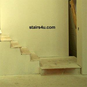 Bottom Platform Stairs
