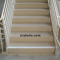 Outdoor NonSlip Stair Treads
